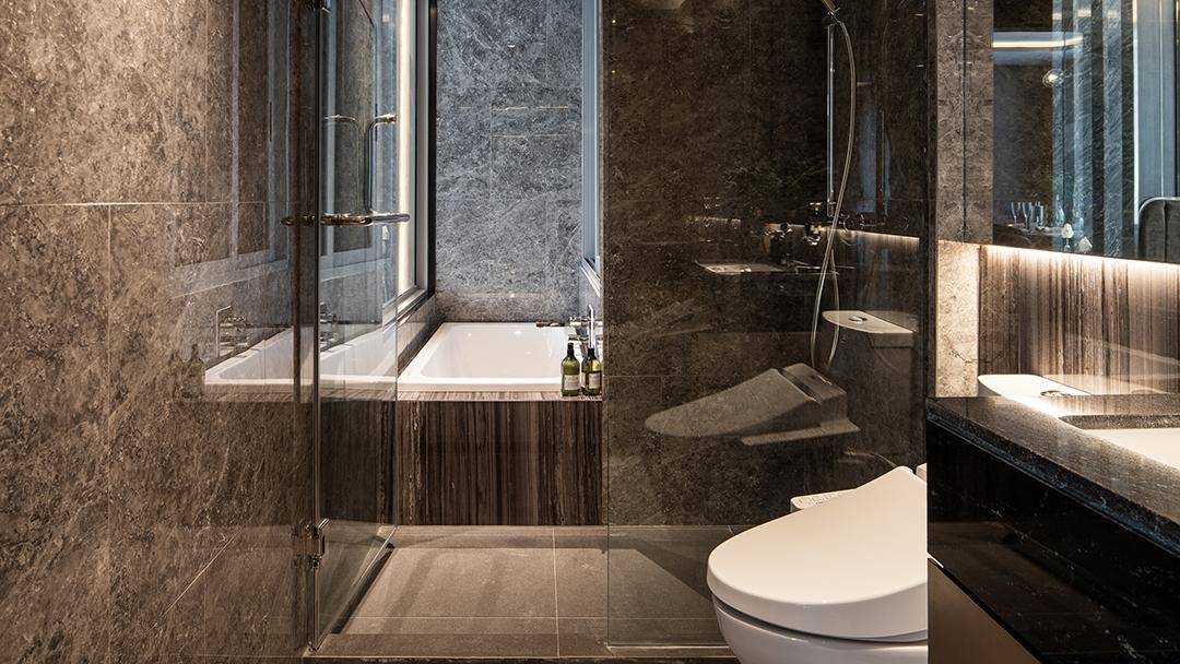 Walden Thonglor 8-Bathroom